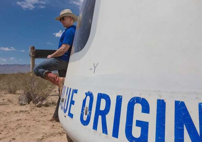 Blue Origin auctions seat on first spaceflight with Jeff Bezos for $28 million – CNBC