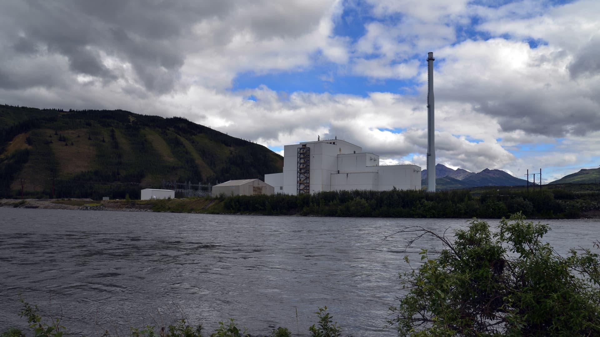 Electric plant on river, near Healy, Alaska.