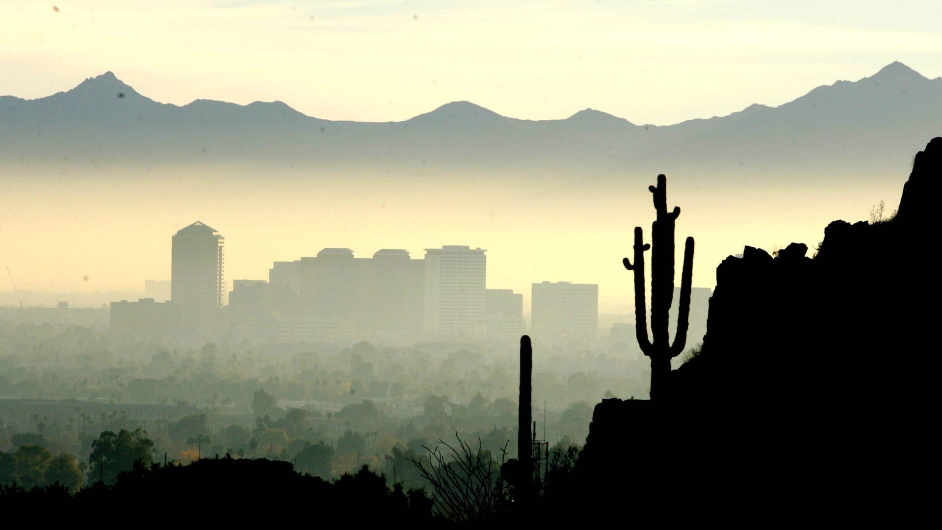 Smog and haze obscure the Phoenix, Ariz. skyline from Piestewa Peak.