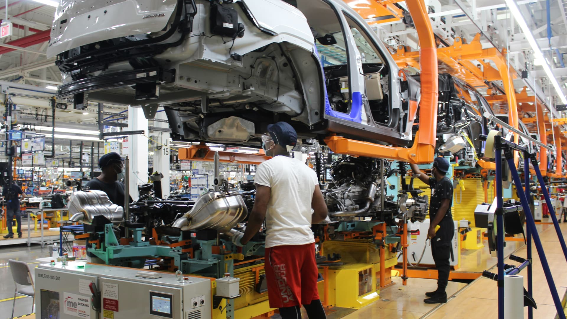Workers at Stellantis' Detroit Assembly plant which produces the new 2021 Grand Cherokee L, a new three-row SUV.