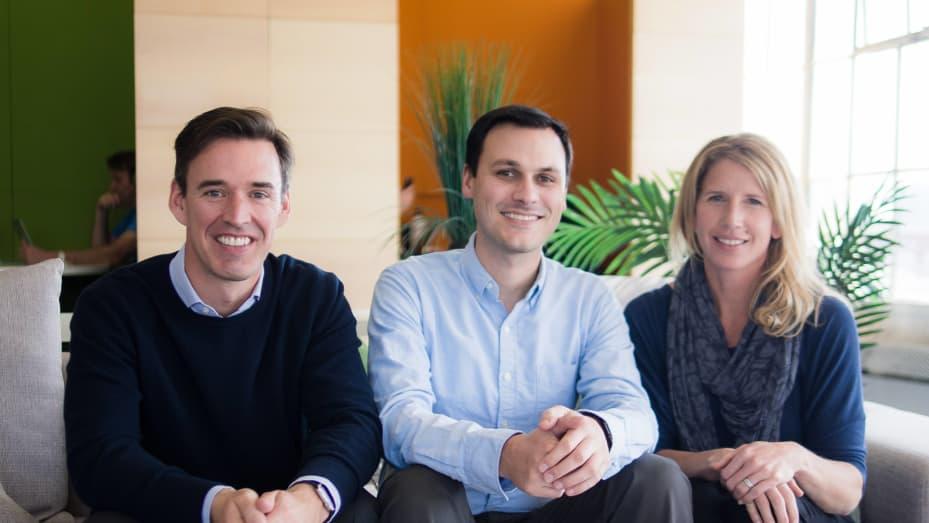 Pendiri Doximity Jeff Tangney kiri, Nate Gross dan Shari Buck