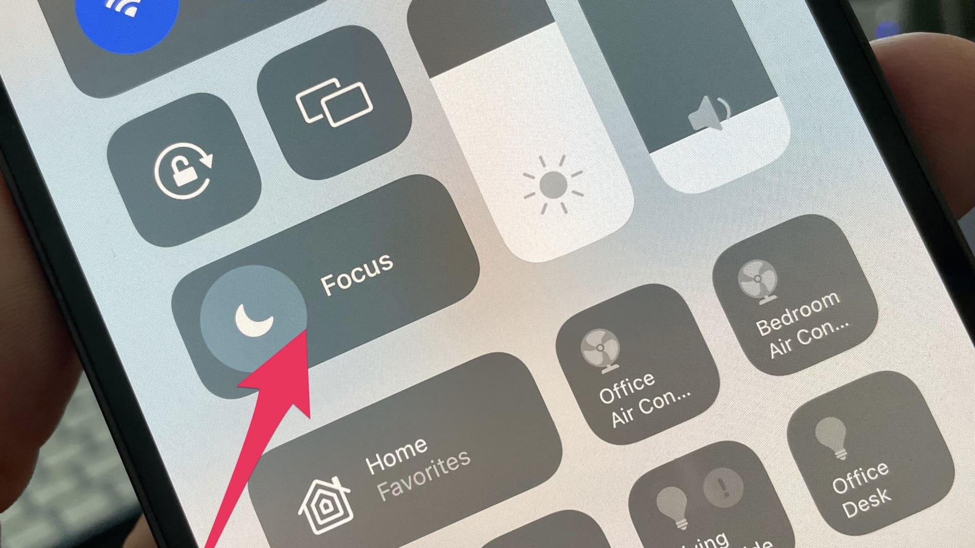Apple's new Focus feature in iOS 15