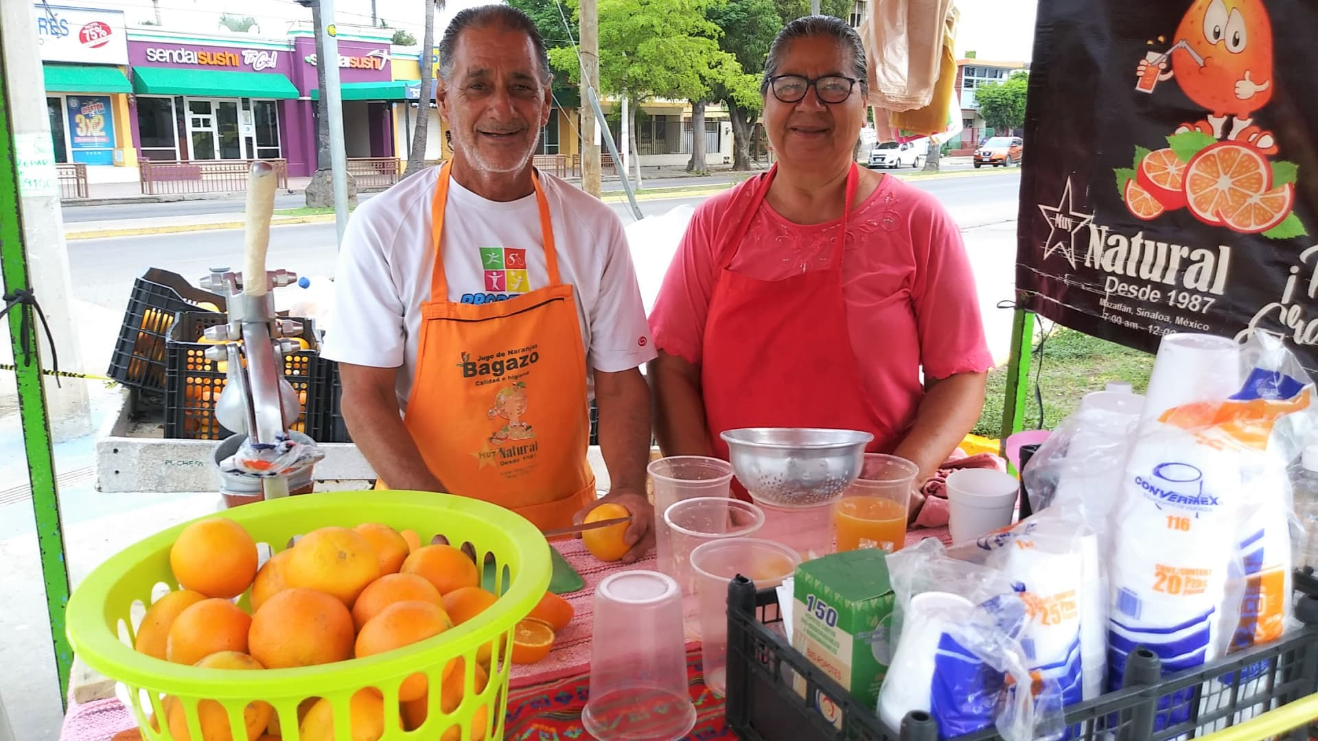 For 45 years, Maria Guadalupe and Antonio have been squeezing and selling fresh orange juice from their stand on this corner.