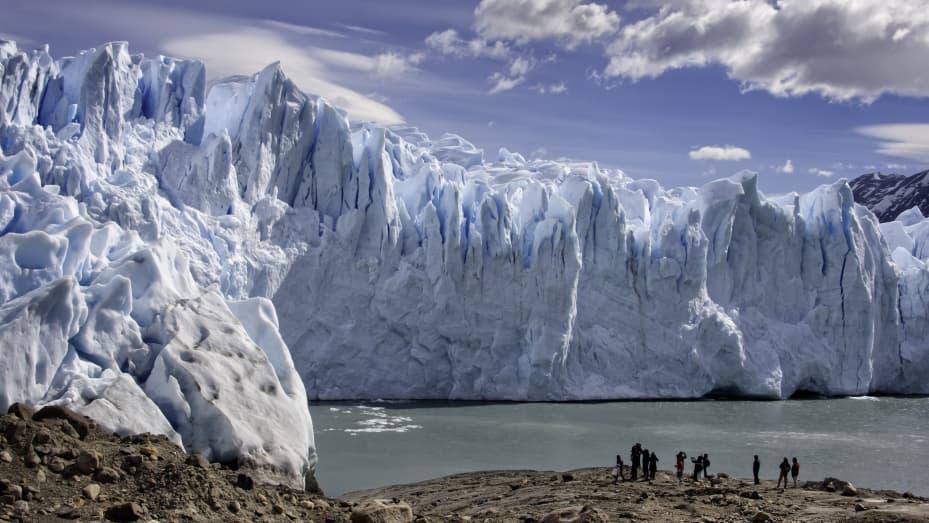 """Nonostante le impressioni che l'Antartide sia un grande blocco di ghiaccio, il continente è """"incredibilmente vario"""", ha affermato Patrick Woodhead di White Desert."""