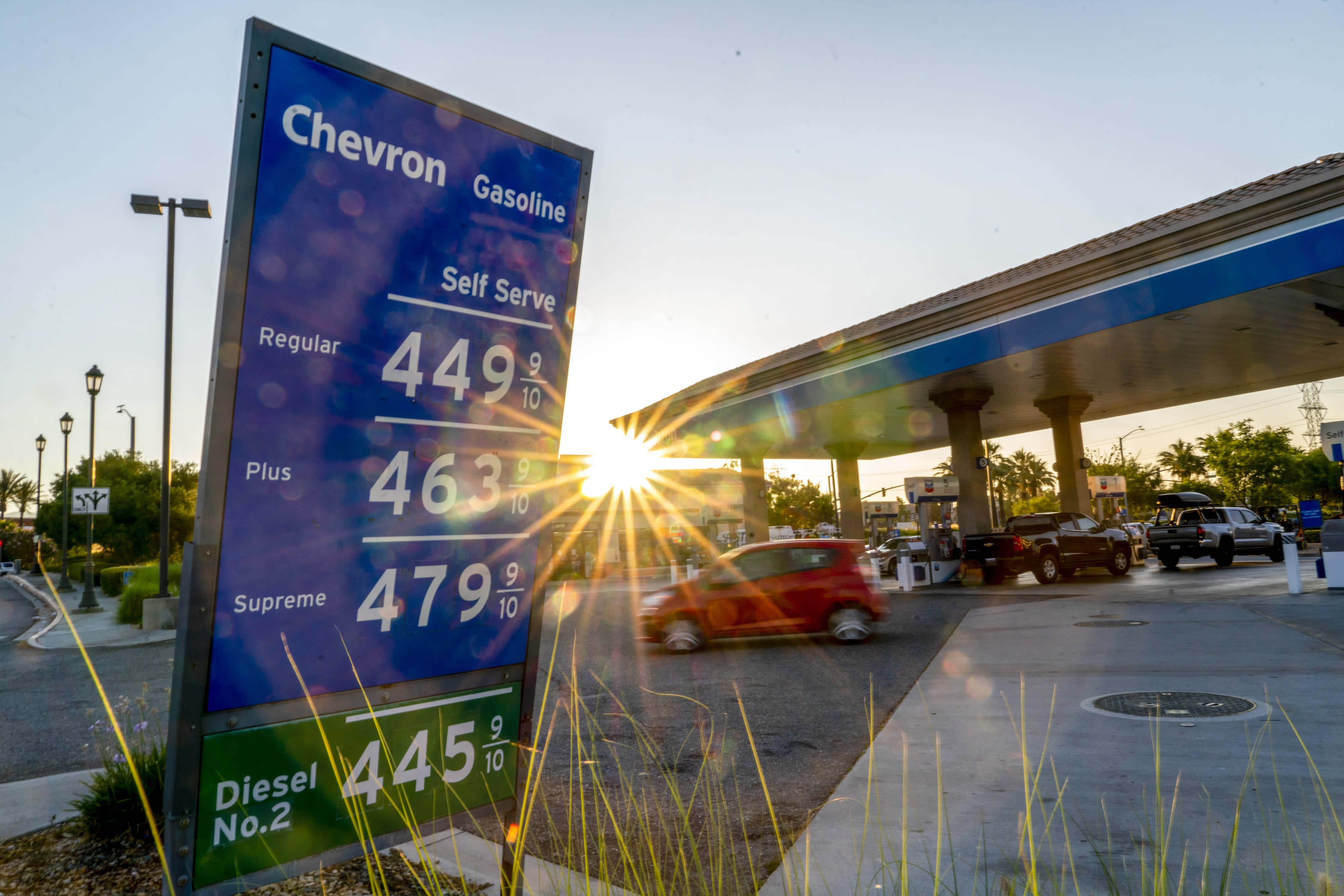 106908506-1625780328164-gettyimages-1233878030-US_GAS_PRICES.jpeg?v=1631275327