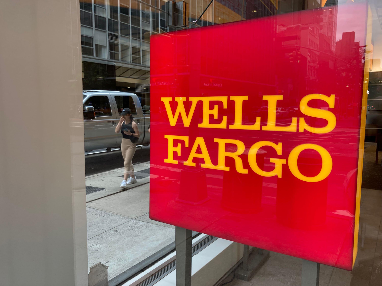 Wells Fargo postpones return-to-office plans by a month amid coronavirus surge