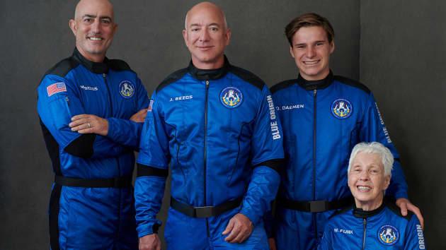 New Shepard First Human Flight 106913490-1626785481170-106913490-16267854232021-07-20t122038z_534994130_rc28oo9fq1wl_rtrmadp_0_space-exploration-blueorigin