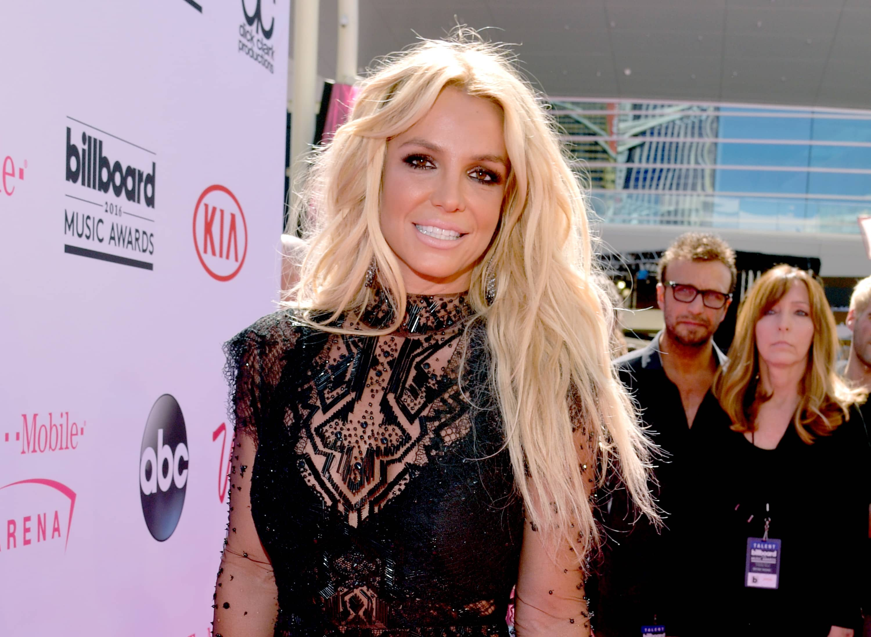 Britney Spears' attorney petitions to have a CPA replace James Spears in conservatorship