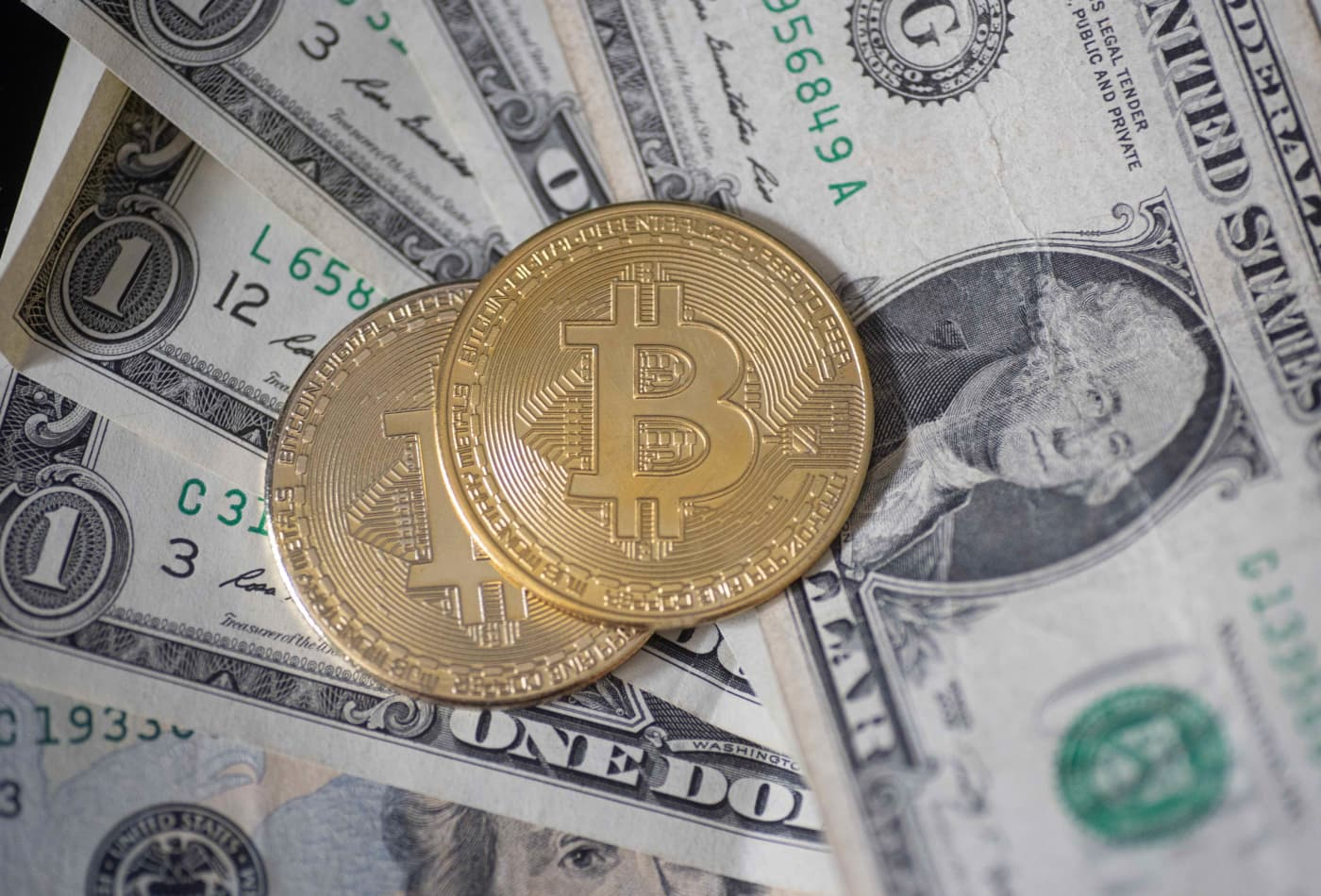 Bitcoin&Crypto cover image