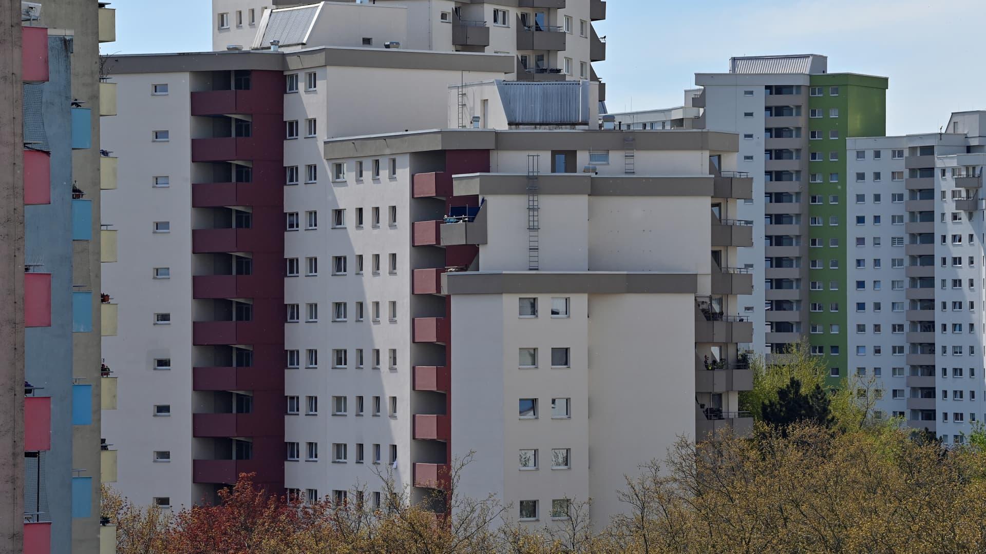 High-rise buildings in the Märkisches Viertel in Berlin.