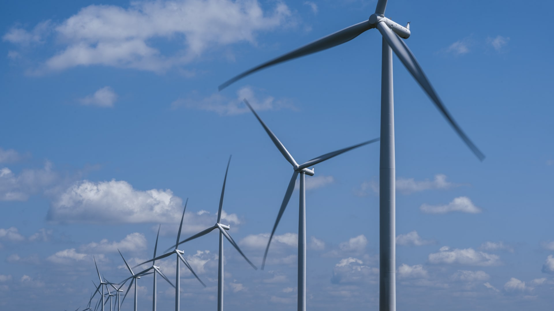Siemens wind turbines operate on a wind farm in Marshalltown, Iowa, managed Berkshire Hathaway Energy's MidAmerican Energy.