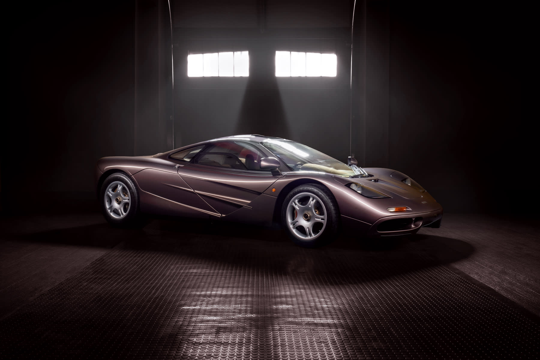 McLaren F1 sells for $20.5 million, the most expensive car auctioned this year - CNBC