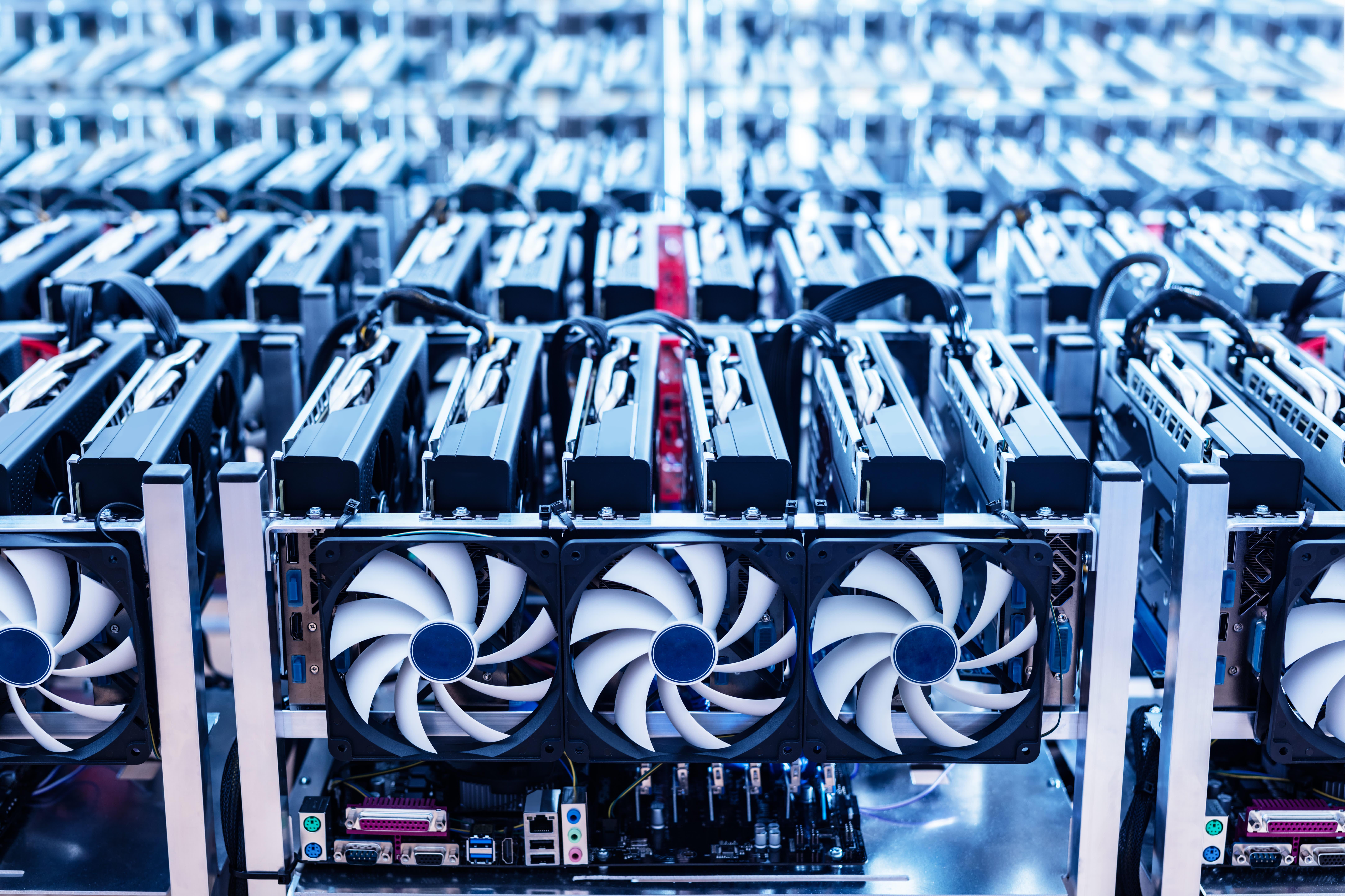 bitcoin mining hardware build)