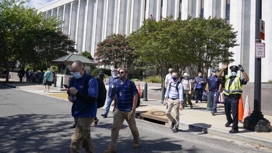 Bomb threat on Capitol Hill 106930461-1629386366477-AP21231546501643