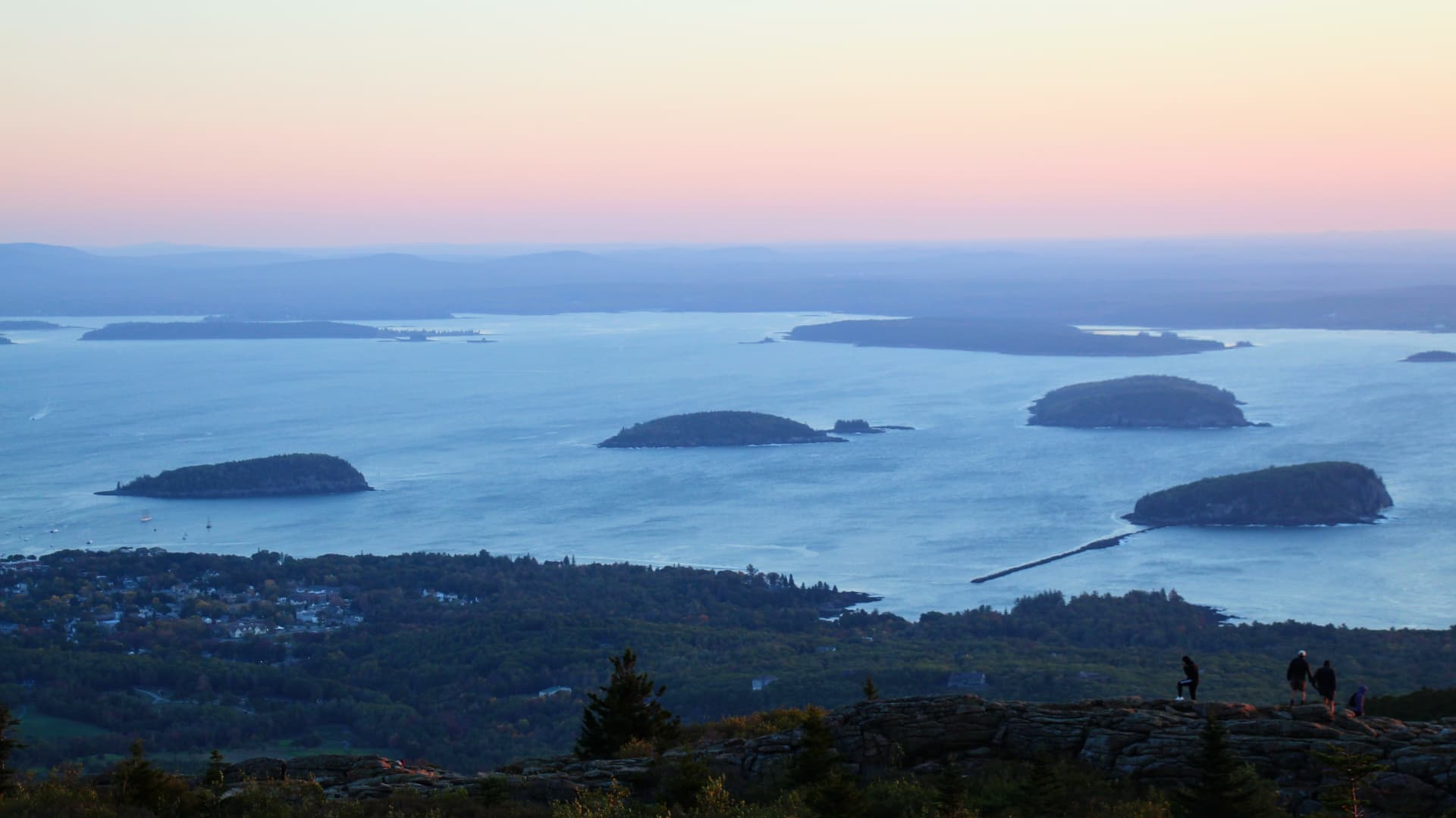 Sunrise at Cadillac Mountain in Acadia National Park, Maine.