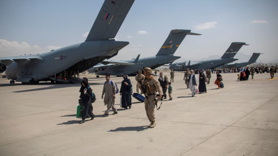 Biden addresses emergency G-7 meeting on Afghanistan amid withdrawal: School Megamart 2021