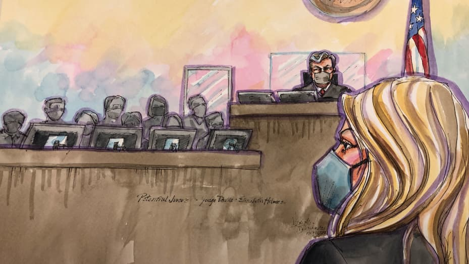 Elizabeth Holmes in court