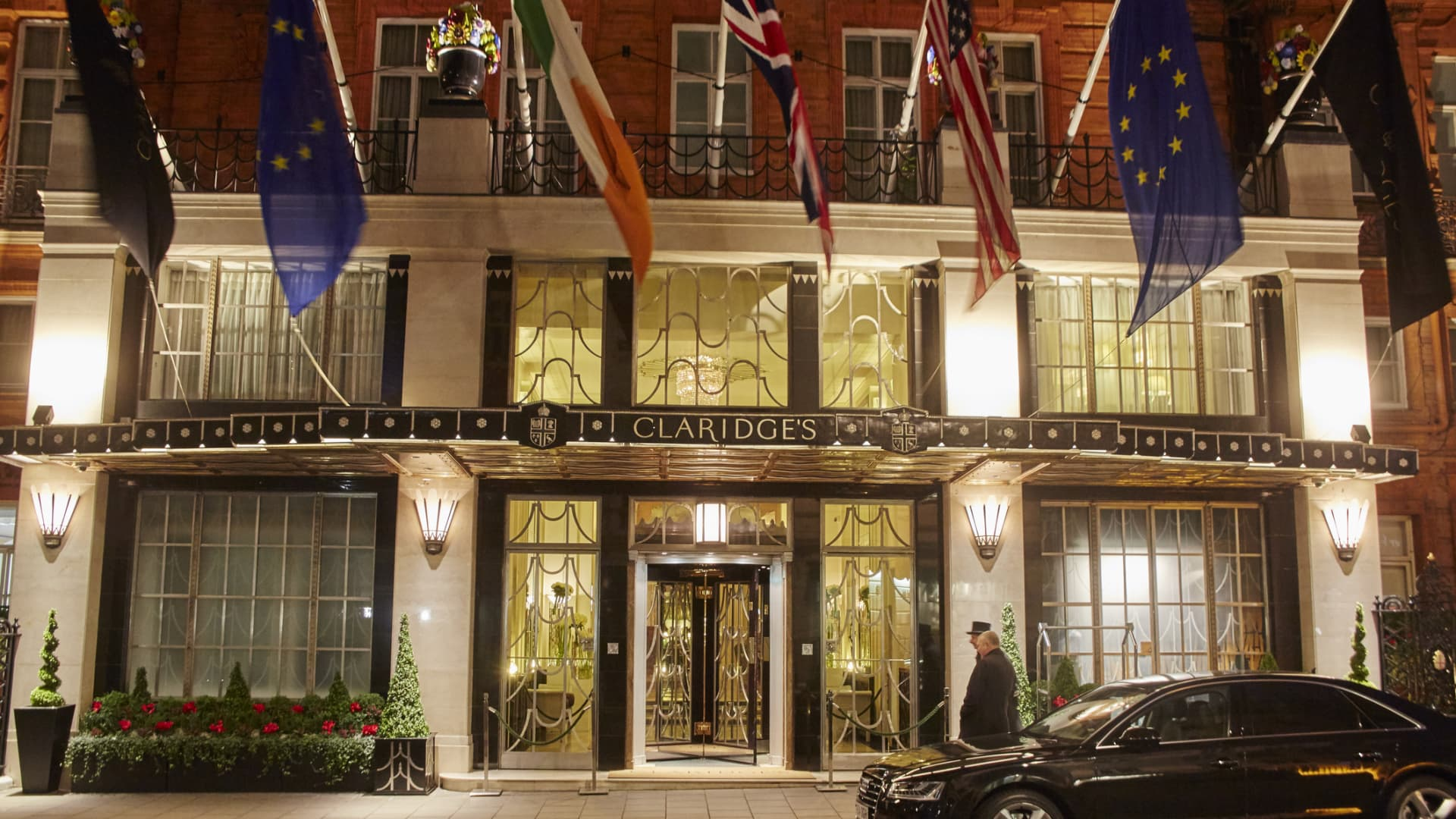 Many people in the U.K. are opting for stays at five-star hotels in London rather than traveling abroad this Christmas.