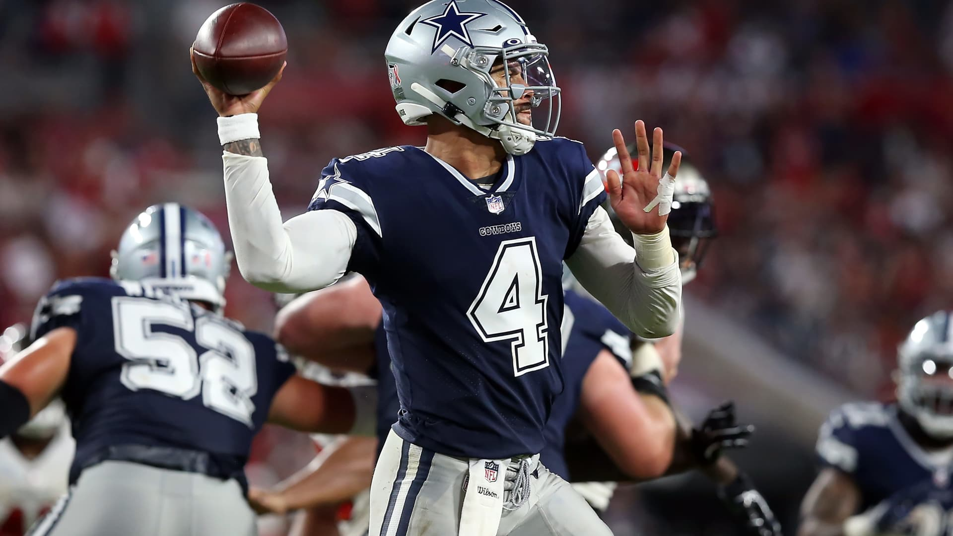 Dallas Cowboys Quarterback Dak Prescott (4) throws a pass during the regular season game between the Dallas Cowboys and the Tampa Bay Buccaneers on September 09, 2021 at Raymond James Stadium in Tampa, Florida.