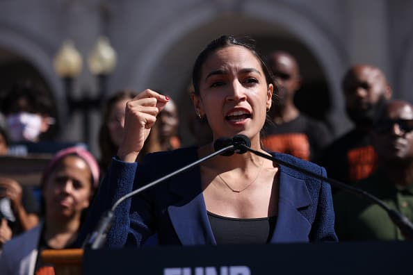 AOC to introduce bill to extend pandemic unemployment insurance to 2022 - CNBC