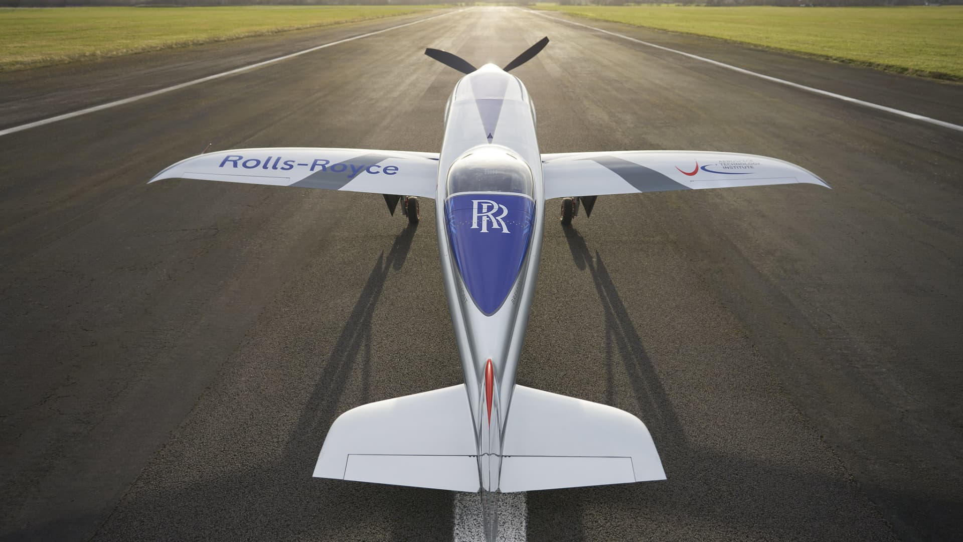 Rolls-Royce's all-electric Spirit of Innovation takes to the skies for the first time.