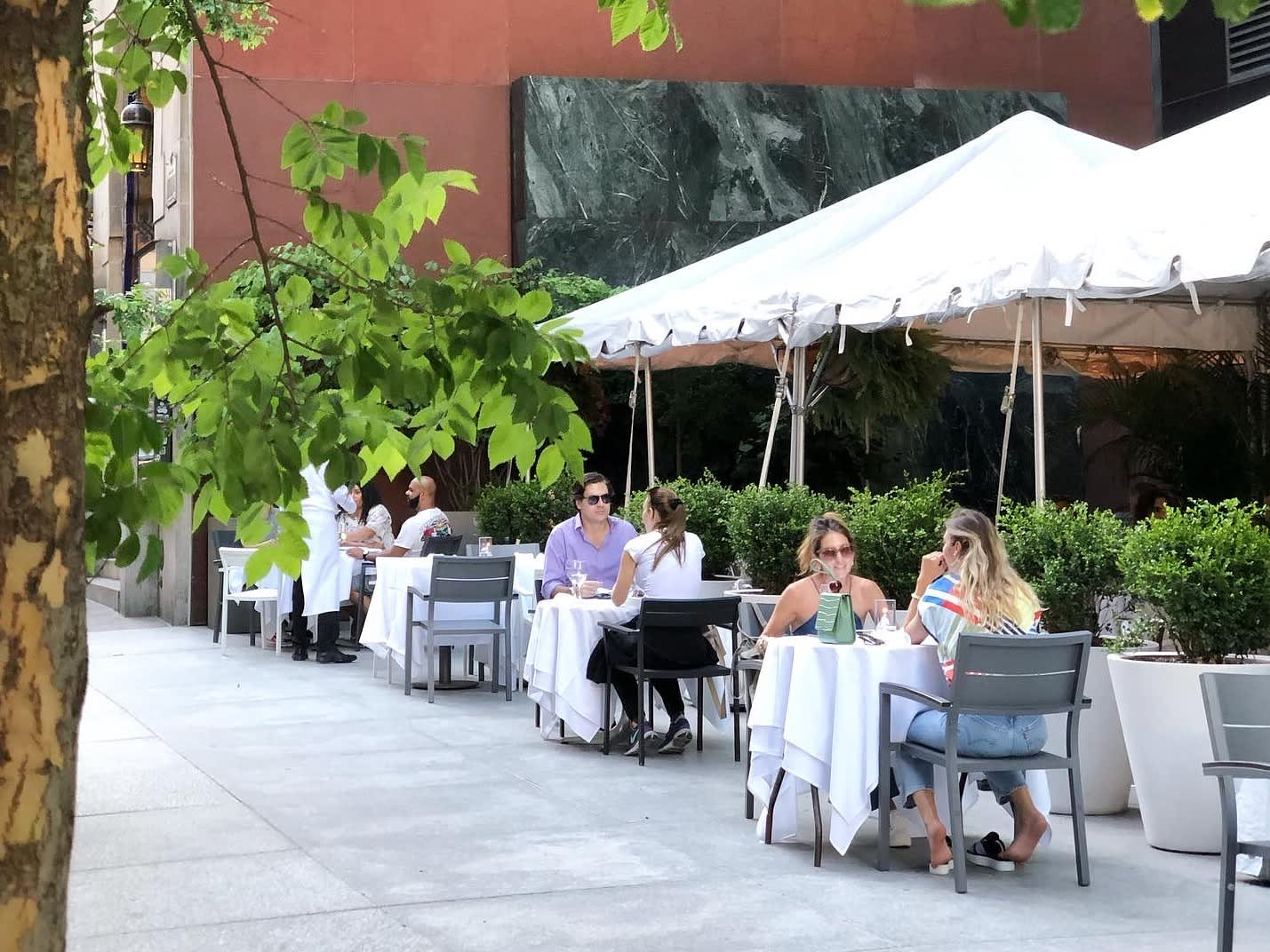 Delays in return to office add another blow to struggling midtown NYC restaurants