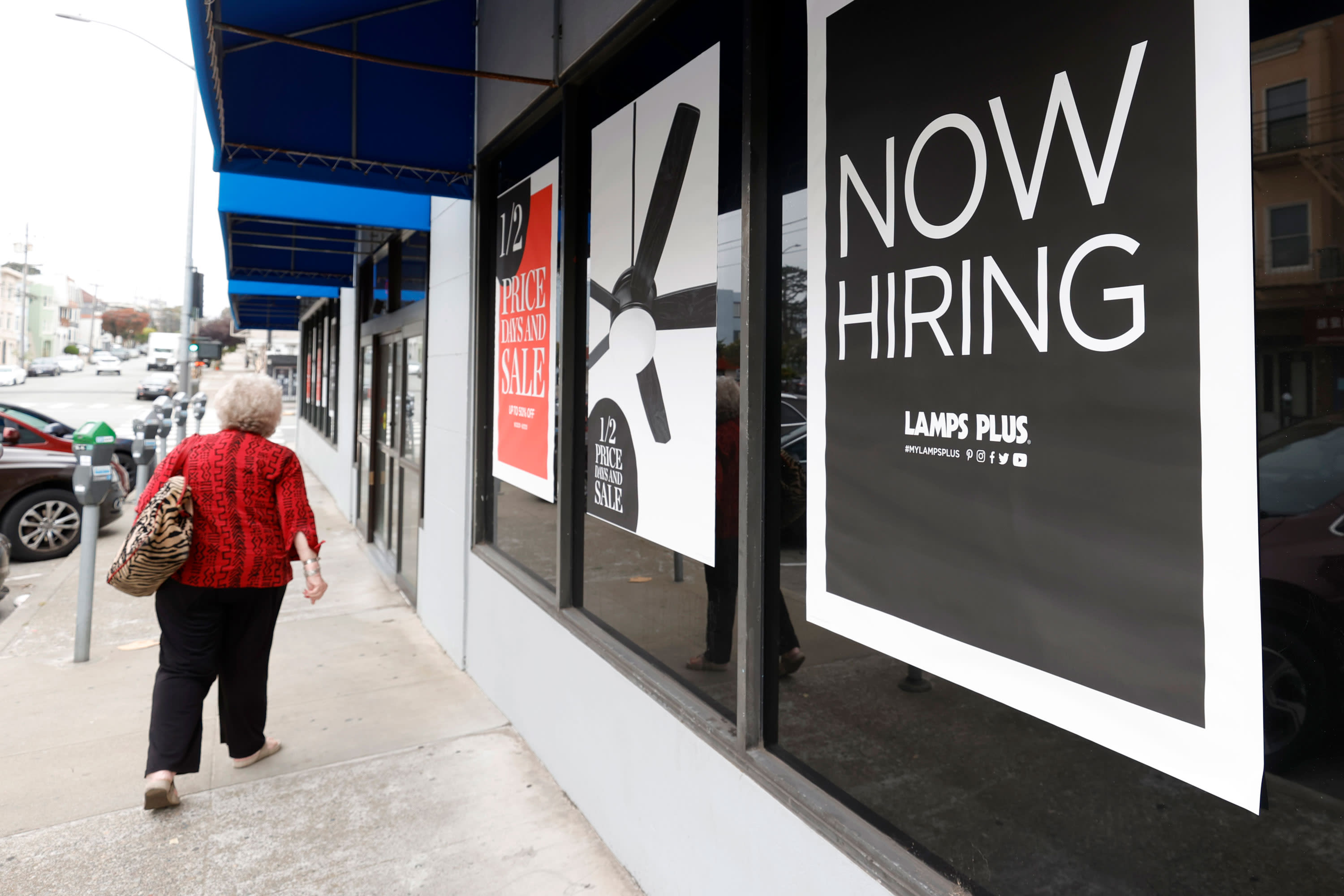 Jobless claims post sharp decline to 326,000, better than expectations