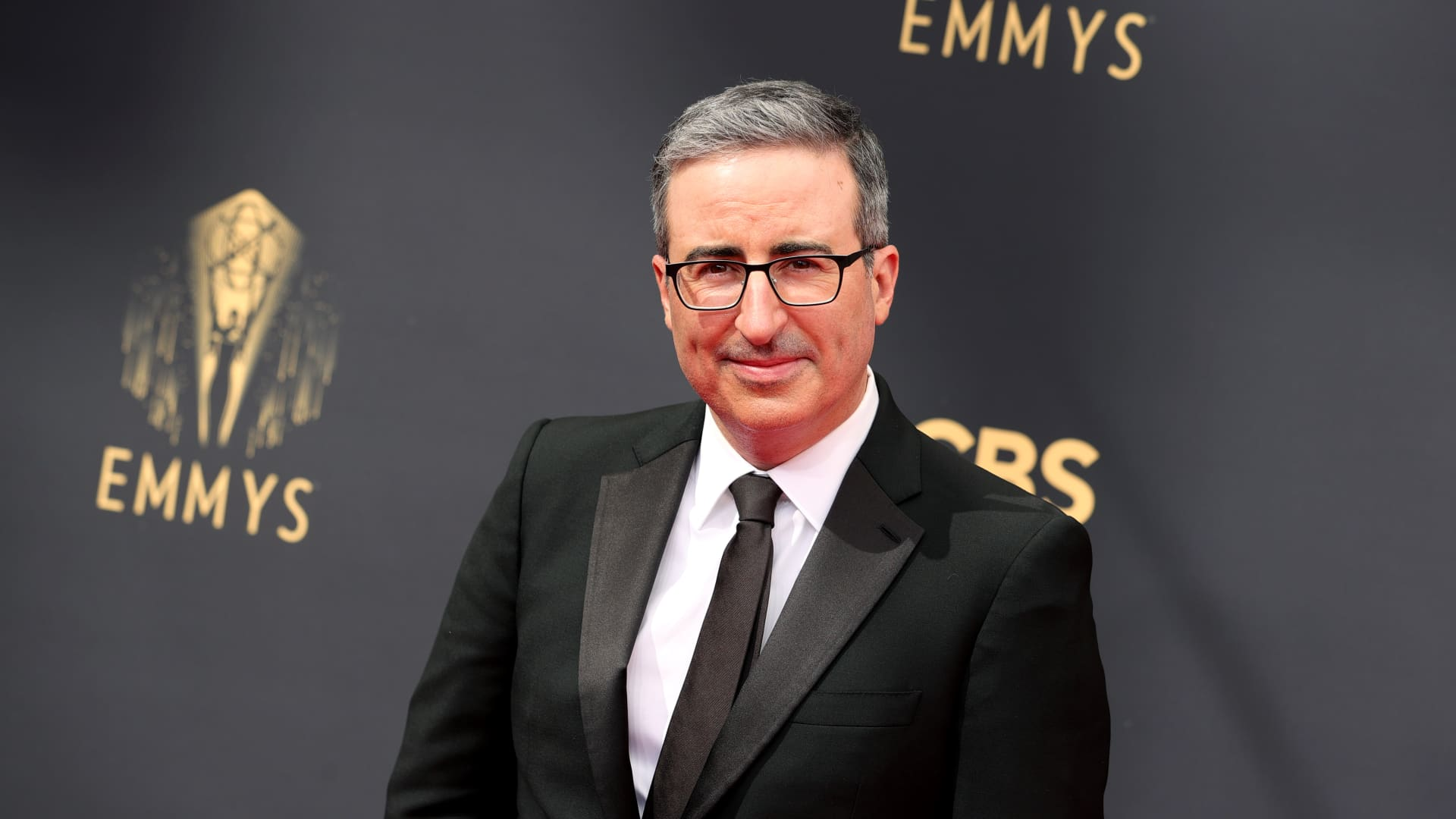 John Oliver attends the 73rd Primetime Emmy Awards at L.A. LIVE on September 19, 2021 in Los Angeles, California.