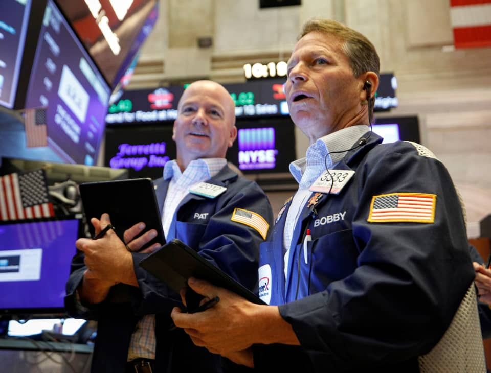 Dow jumps 600 points as 2-day comeback rally pushes major indexes into the green for the week