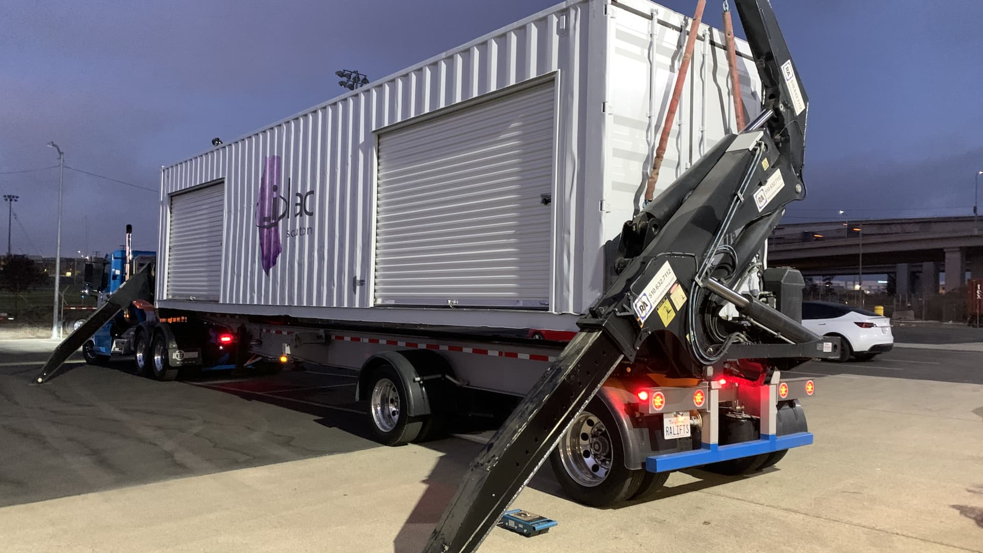 A Lilac Solutions lithium extraction pilot plant loading for transport to a field site.