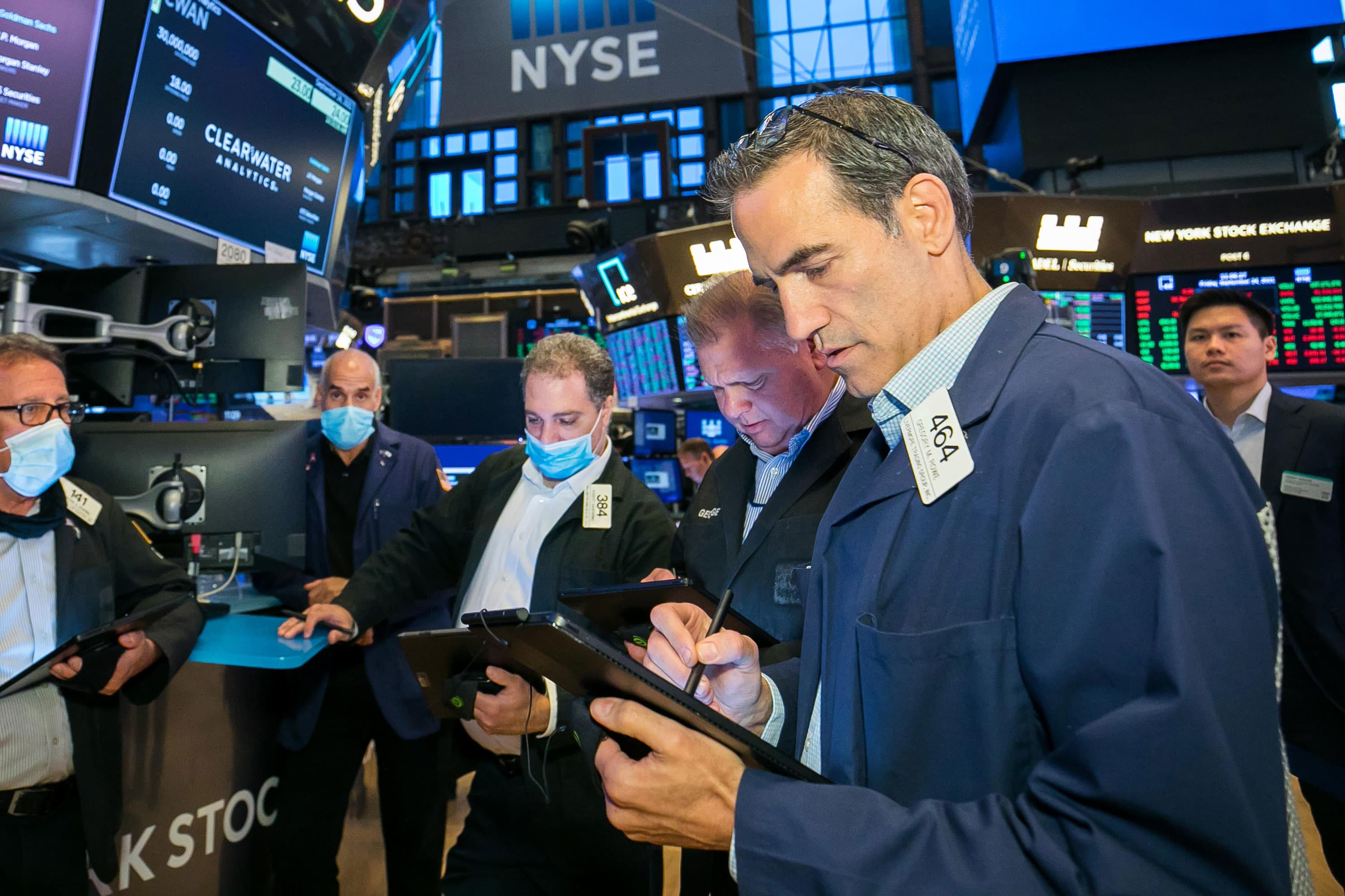 Four 'contrarian' trades that could withstand the market's wild swings