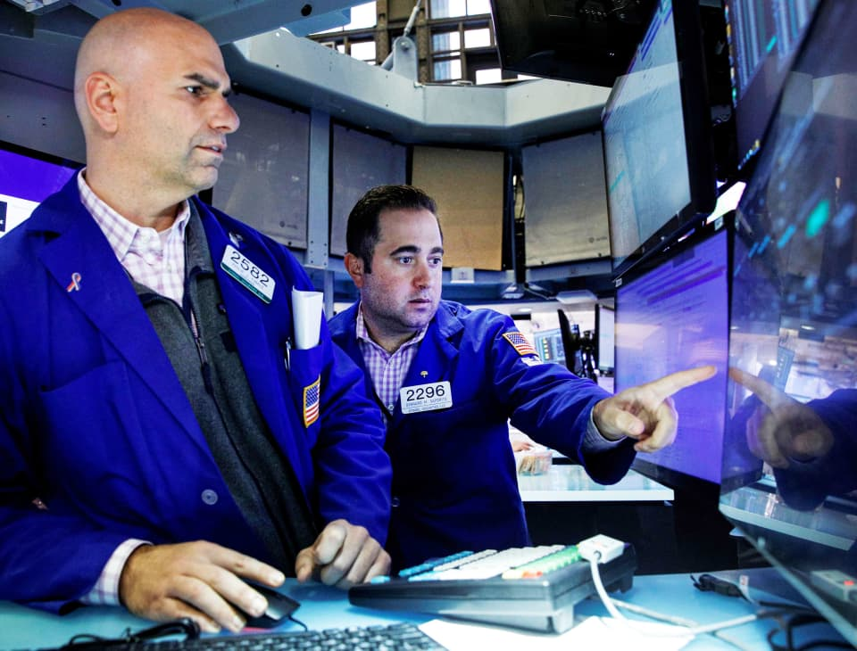 Dow futures jump 160 points on strong earnings reports
