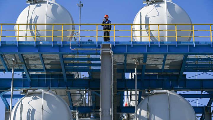 Russia chooses not to raise natural gas supplies to Europe despite Putin's pledge to help
