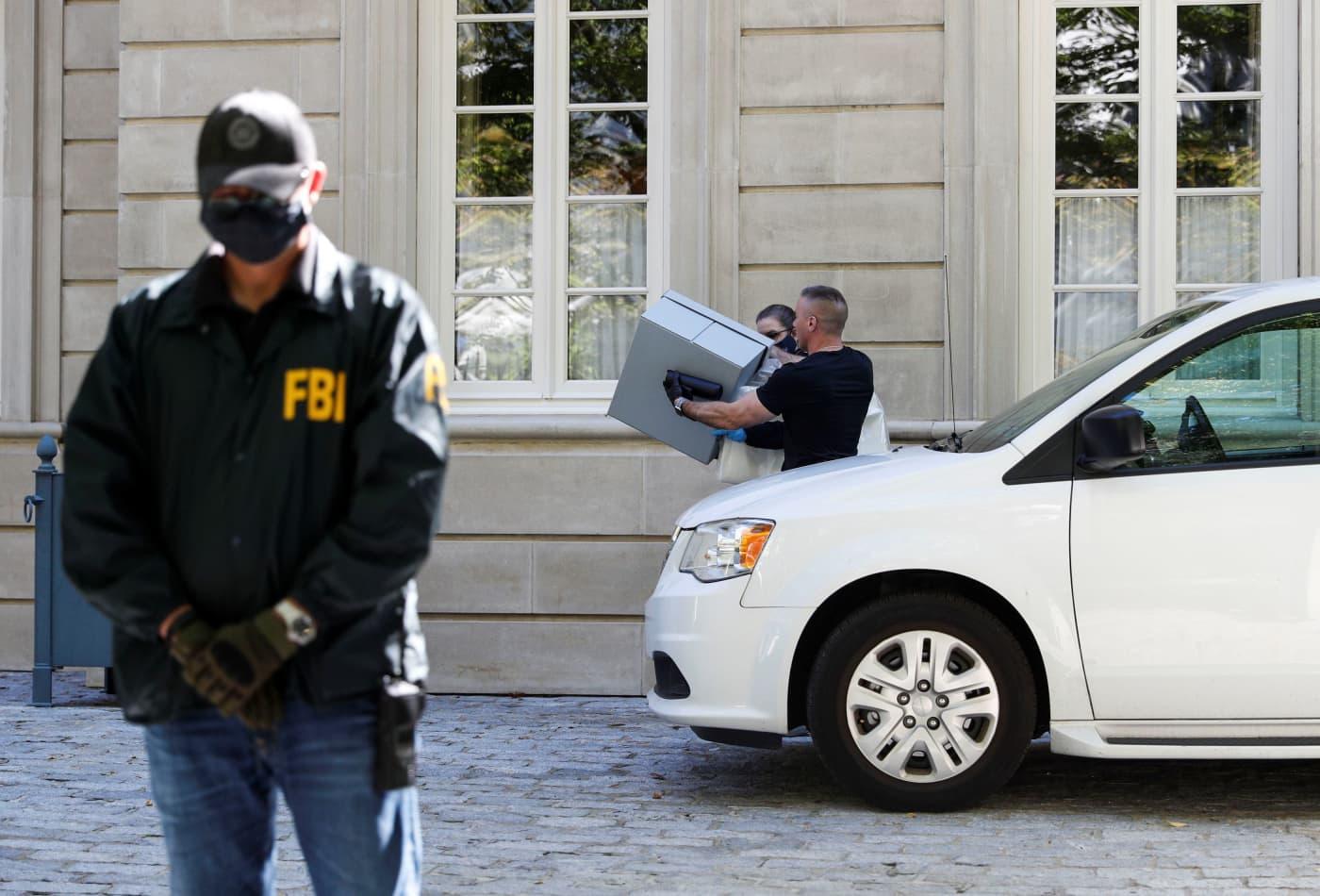 FBI raids homes linked to Russian oligarch and Putin associate Oleg Deripaska