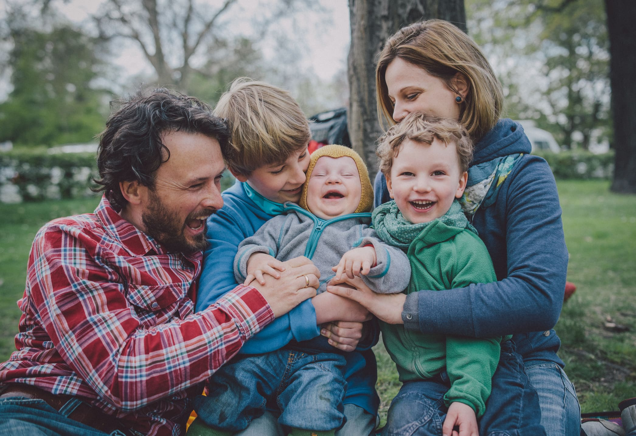 4 strategies to create and stick with a family budget