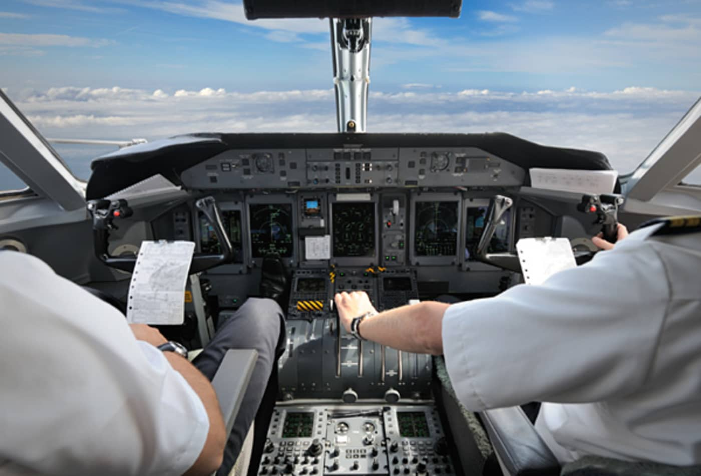 CNBC_americas_highest_paying_jobs_airlinepilot.jpg