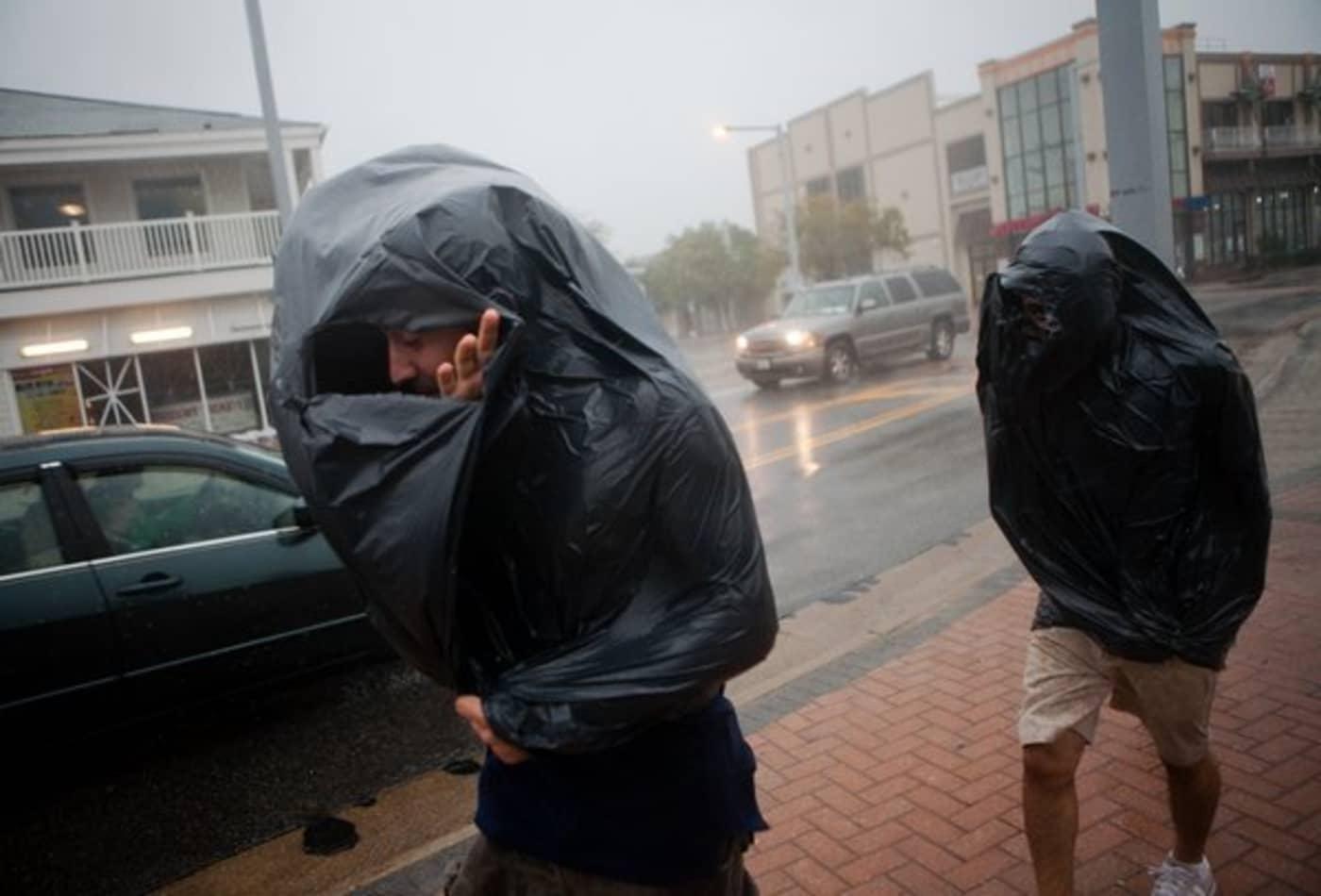 Irene_AUG27_VA1_virginiabeach_rain.jpg