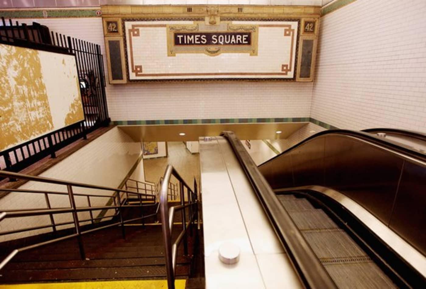 Irene_AUG27_NY3_timessquare_subway.jpg