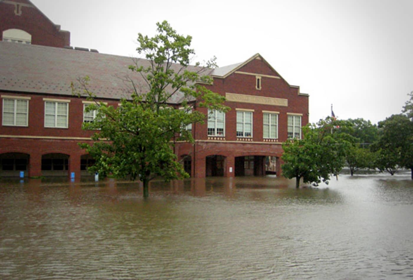 Irene_AUG28_bronxville_ny_elementary_school.jpg