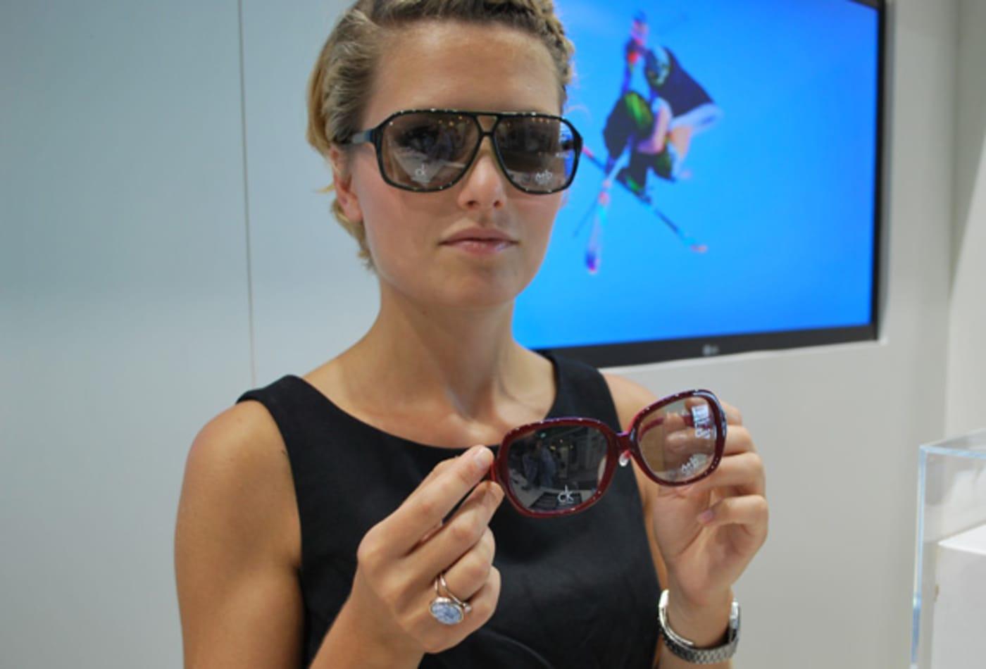 44390843 designer_3d_glasses.jpg