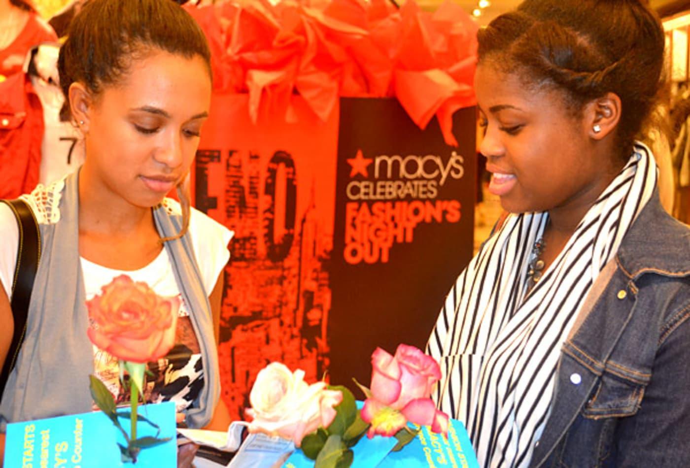 CNBC_NYC_fashion_week_2011_FNO1.jpg