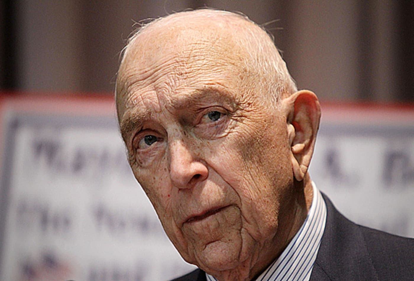 SS_richest_members_congress_2011_Lautenberg.jpg