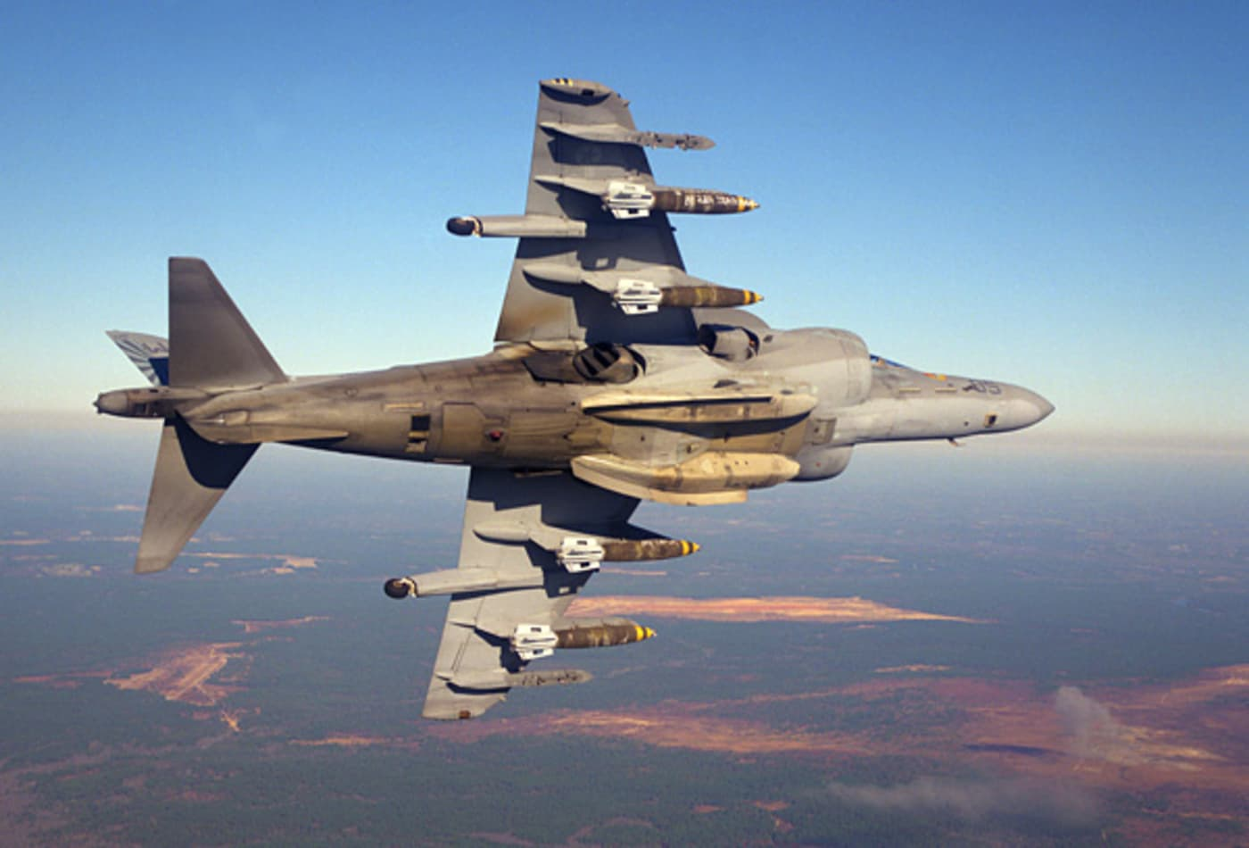 Boeing_Warplanes_AV-8B.jpg