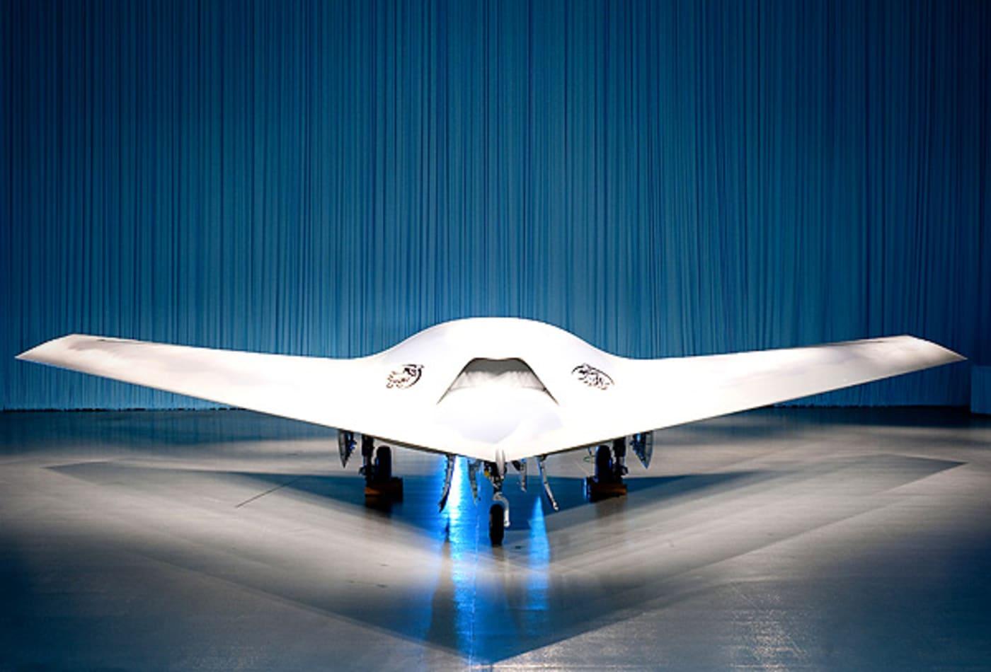 Boeing_Outta_Sight_Phantom_Ray.jpg