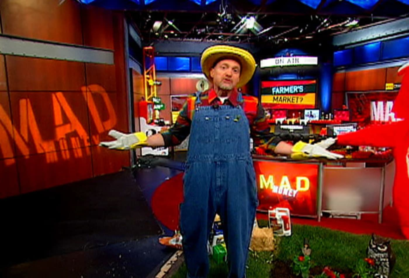 Farmer-Craziest-Costume-Ideas-Jim-Cramer.jpg