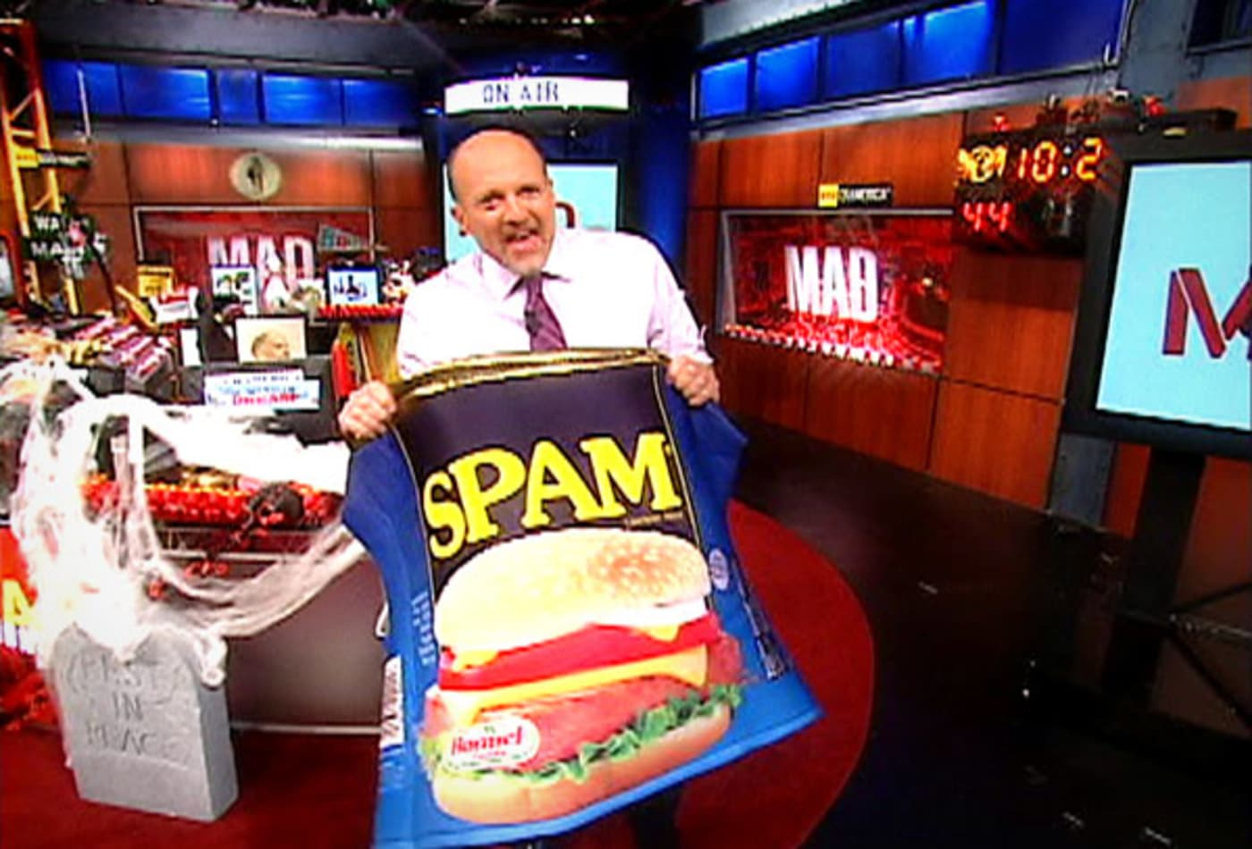 Spam-Craziest-Costume-Ideas-Jim-Cramer.jpg
