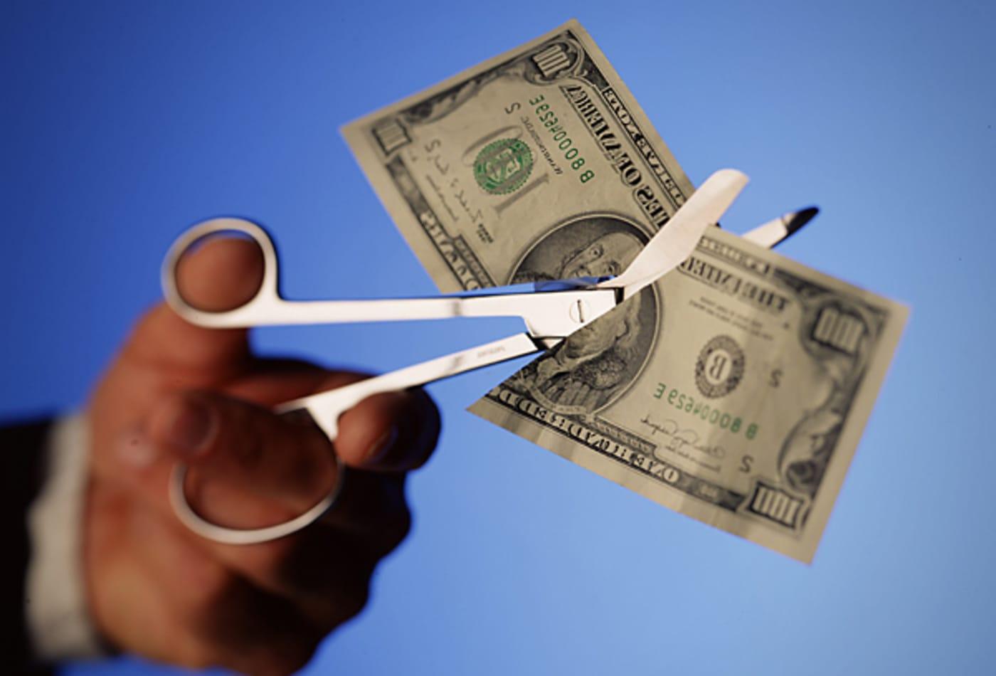 CNBC-smallbiz-cut-prices.jpg