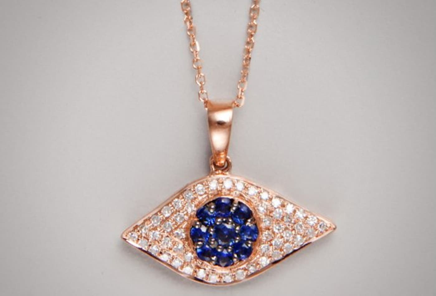 luxury-gifts-2012-kc-designs.jpg