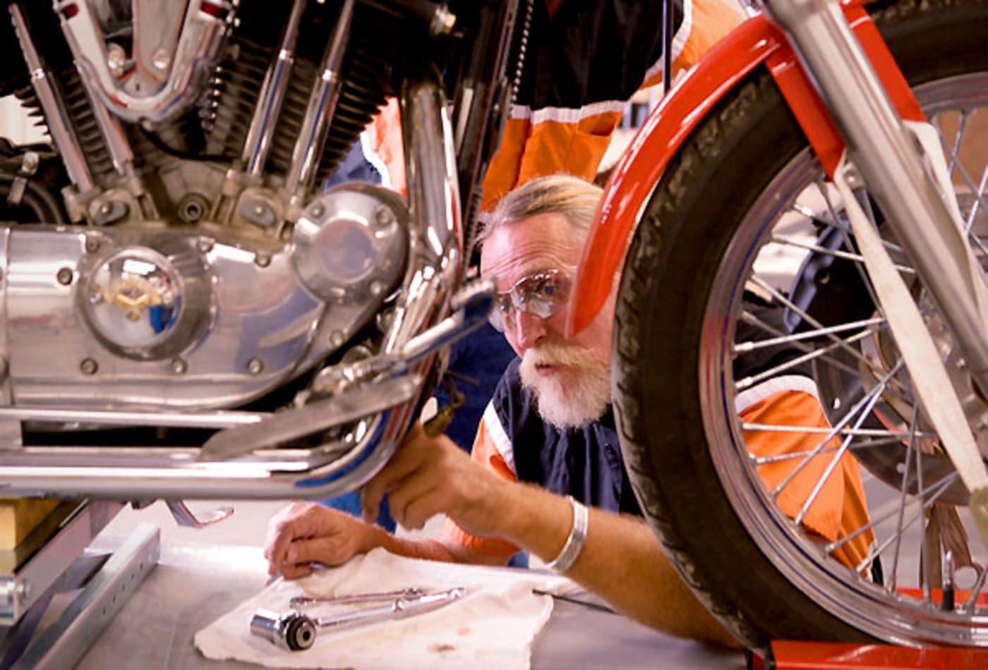 Motorcycle-Mechanic-New-Careers-After-40.jpg