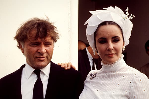 Richard-Burton-Elizabeth-Taylor-Divorced-Couples-Working.jpg
